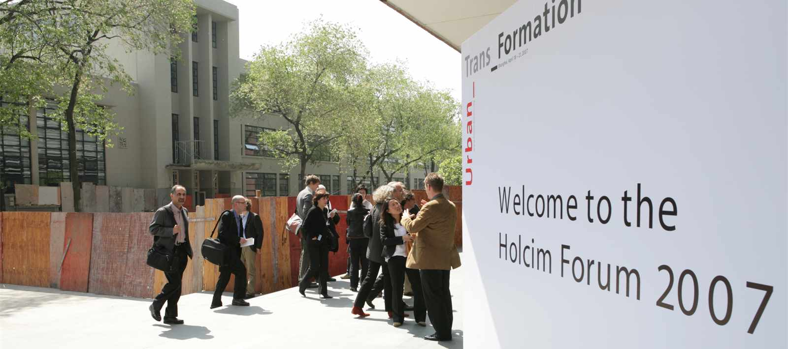 "Tongji University was host of the 2nd International Holcim Forum ""Urban_Trans_Formation"" in 2007."