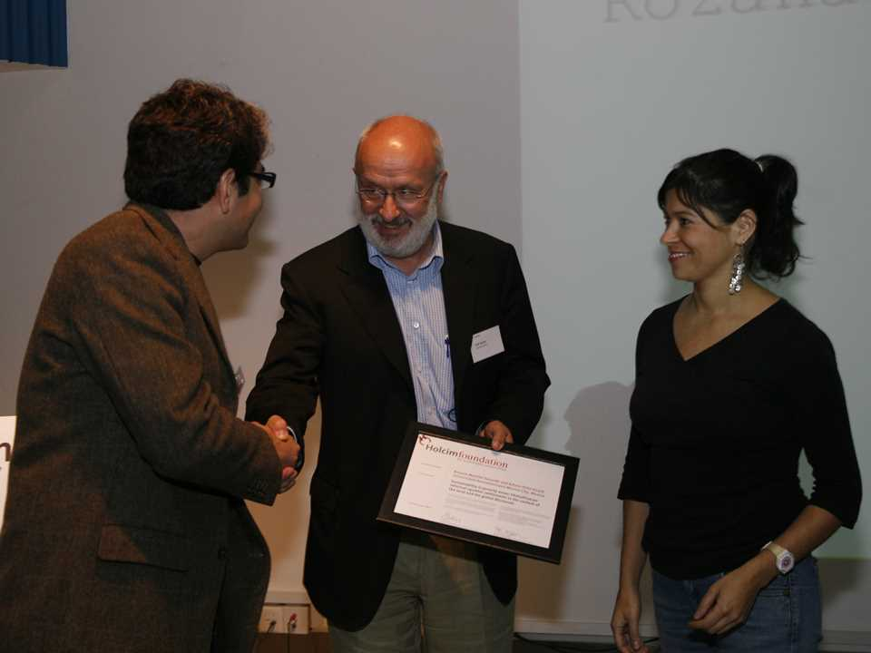 At the 2nd Holcim Forum in Shanghai, China, grants for PhD projects were handed over by …