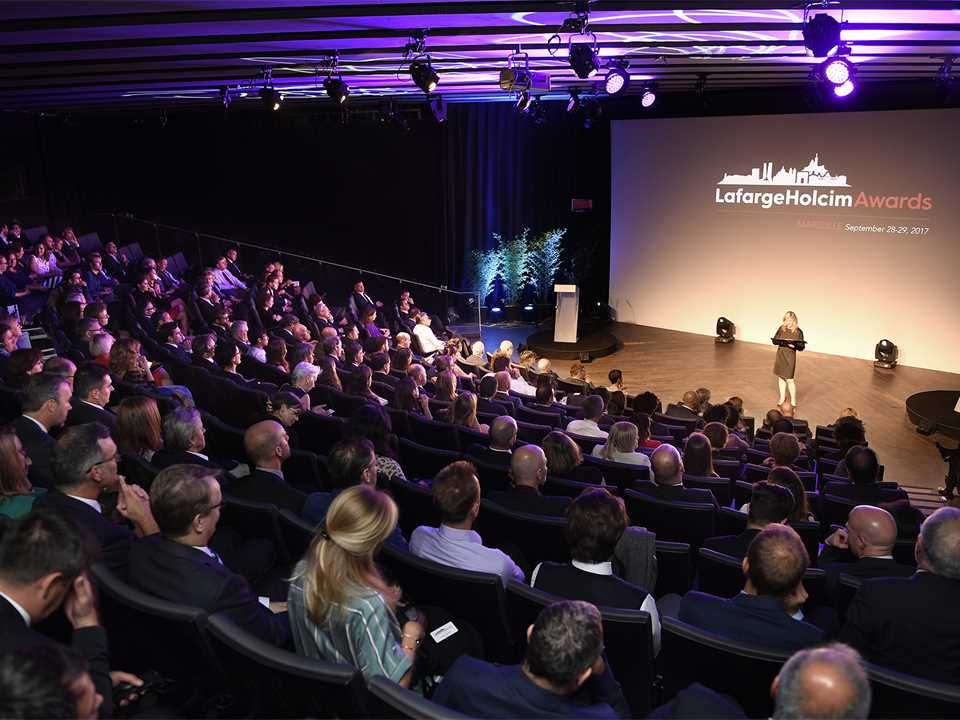 A17_EUR_Audience_Auditorium_01.jpg