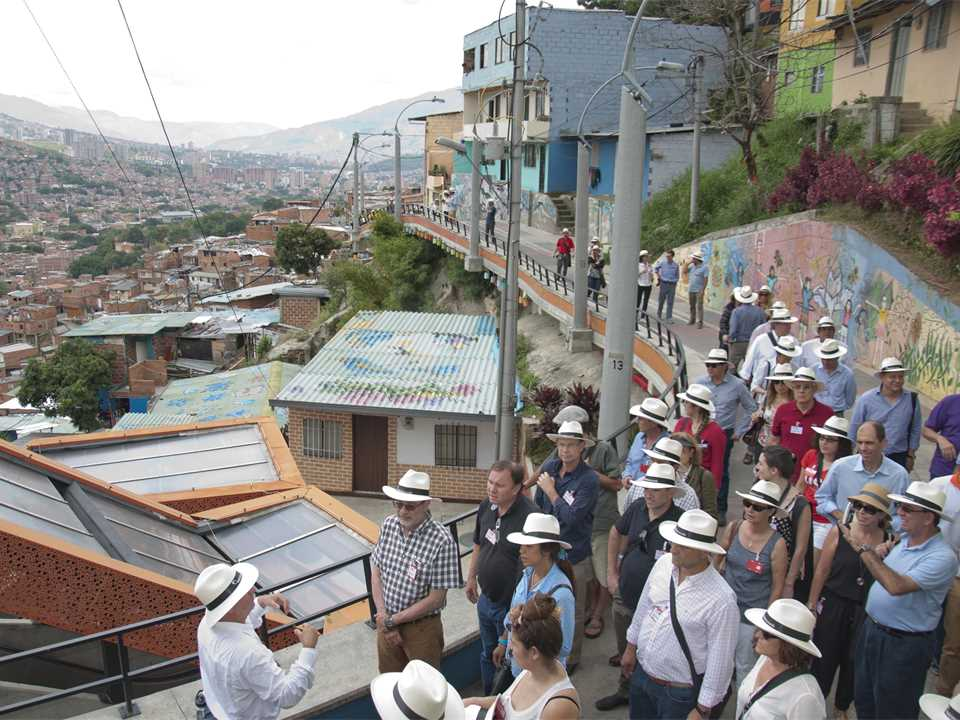 HA14_Latam_2nd_Comuna13_5.jpg