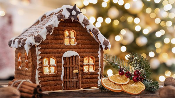 GingerbreadHouse-iStock-1075944230.jpg