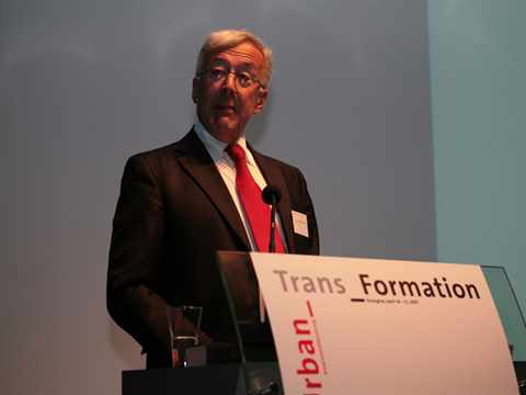 "Introduction to Forum ""Urban_Trans_Formation"""