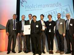 Handover of Global Holcim Innovation 3rd prize